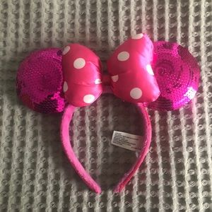 Disney hot pink sparkle Minnie ears